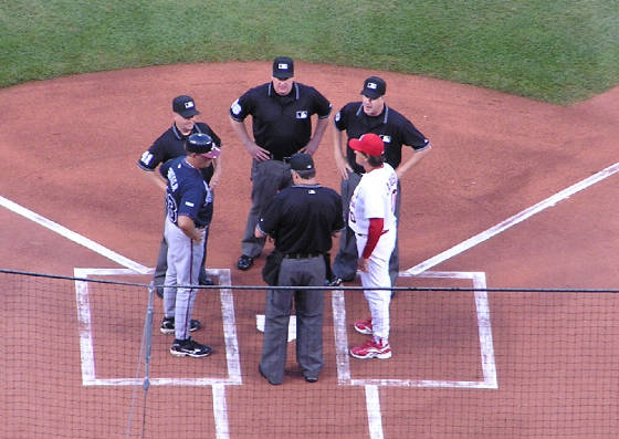 Exchanging the Line ups - Busch Stadium